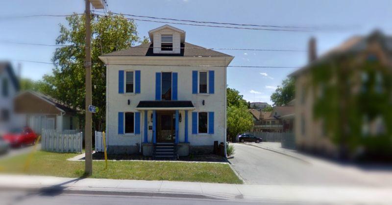 177 Victoria St N, Kitchener - Exterior